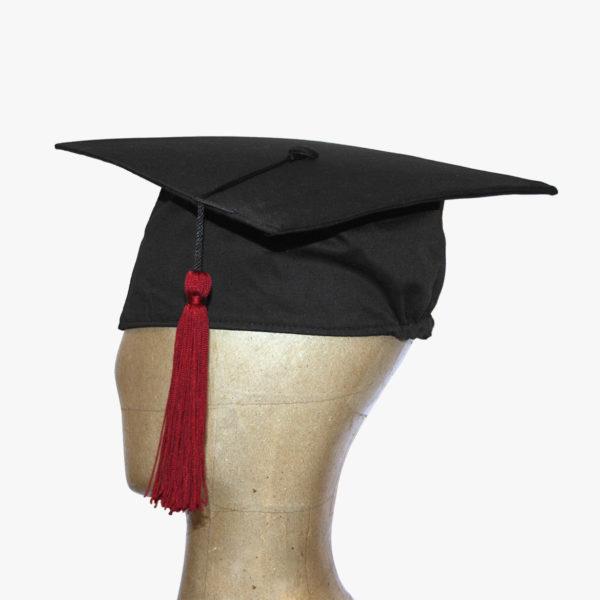 Tocco per laurea in cotone con fascia morbida ed elastico adattabile ad  ogni misura abd1996bb011
